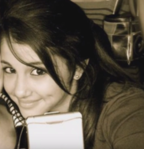 ariana grande teenage photo