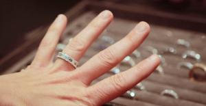 jillian andrews engagement ring