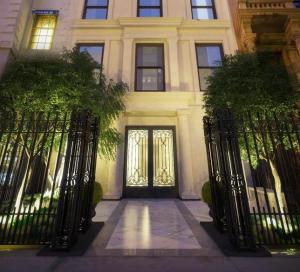 Gloria Vanderbilt mansion