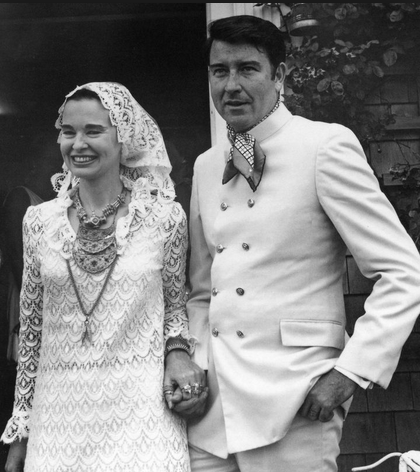 Gloria Vanderbilt Net Worth Age Husbands Books Wiki