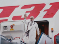 narendra modi traveling photo