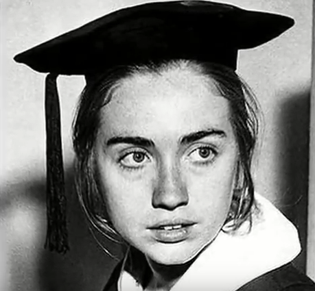 Hillary Clinton - Salary, Net Worth, Young Photos, House, Wiki