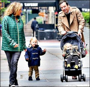 Jimmy Fallon with wife Nancy Juvonen and daughters
