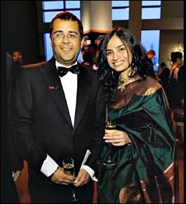 chetal bhagat with wife Anusha Bhagat images