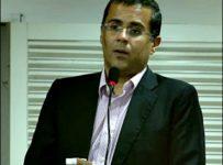 chetan bhagat author