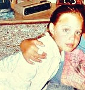 angelina-jolie-childhood-pic