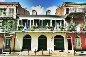 angelina-jolie-mansion-in-new-orleans