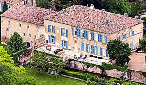 angelina-jolies-house-chateau-miraval-in-france