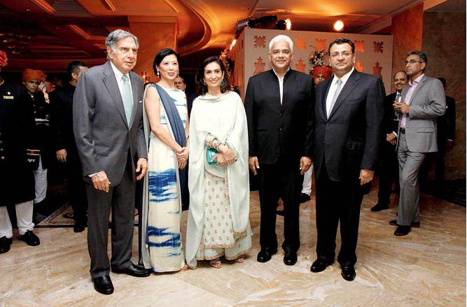 Cyrus Mistry's wife Rohika Chagla in the middle., dressed in all-white